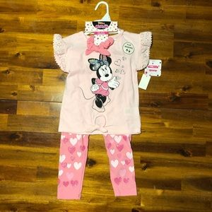 NWT Disney Minnie Mouse outfit - size 5T